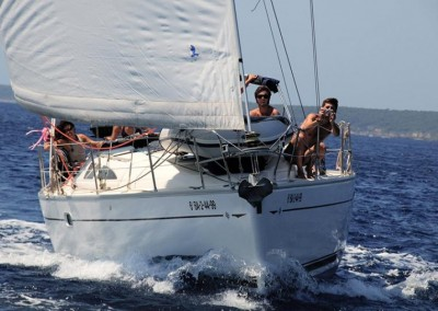 Sail along the Costa Brava for 3 days!
